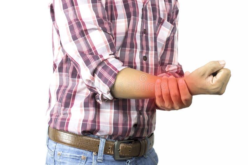 建筑工人有在手中遭受痛苦,严厉胳膊疼痛,对白色背景,作为healtcare, d的概念的腕子攻击 库存图片
