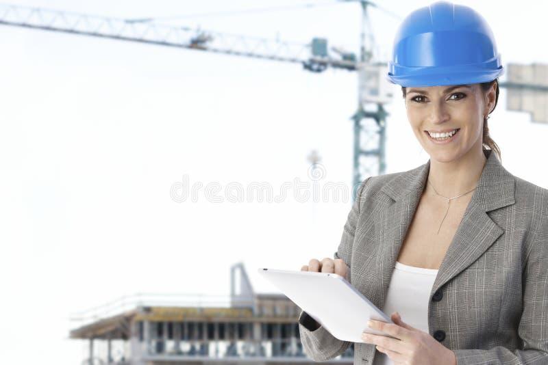 建筑师女性纵向 免版税库存照片