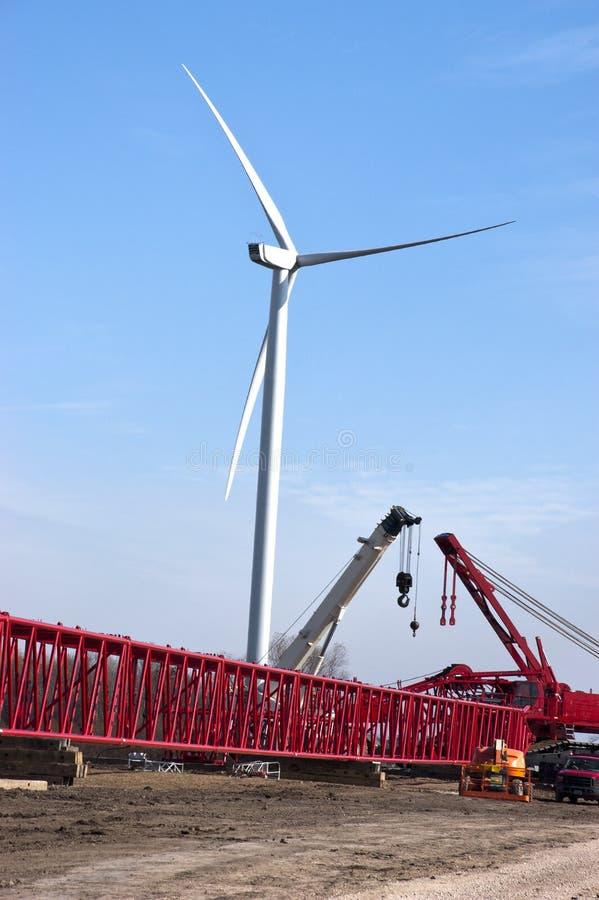 建筑能源站点涡轮风风车 免版税库存照片