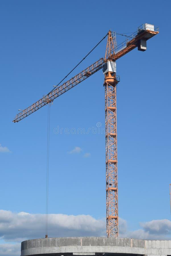 Download 建筑 库存图片. 图片 包括有 背包, 人们, 蓝色, 工程, 房子, 任何地方, 租金, 承包商, 设计 - 62528903