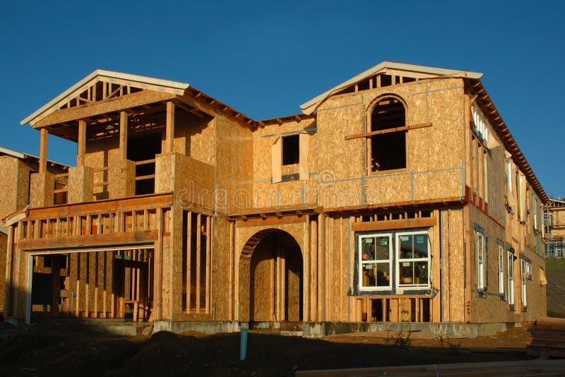 建设中现代的房子 免版税库存图片
