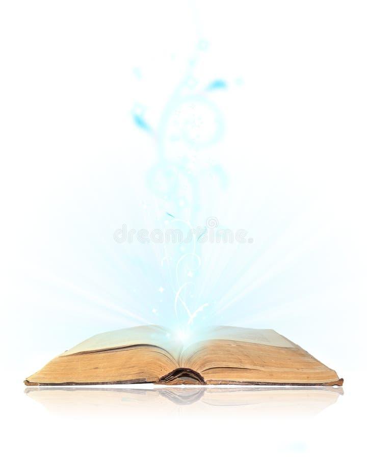 开放书的魔术 库存照片