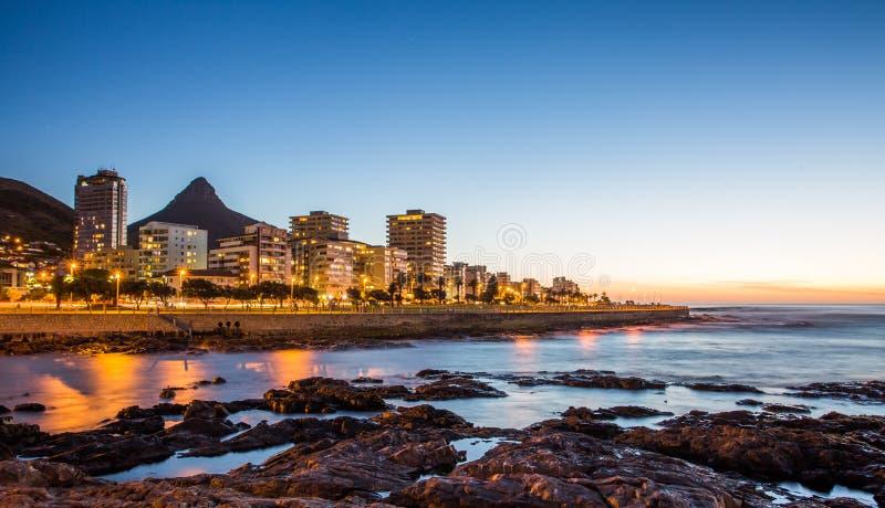 开普敦在晚上,南非 免版税库存照片