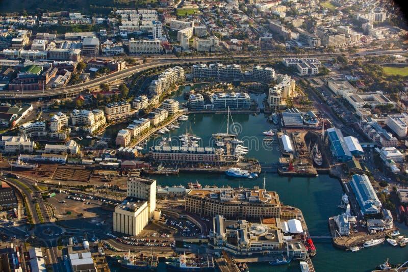 开普敦江边和港口鸟瞰图  免版税图库摄影