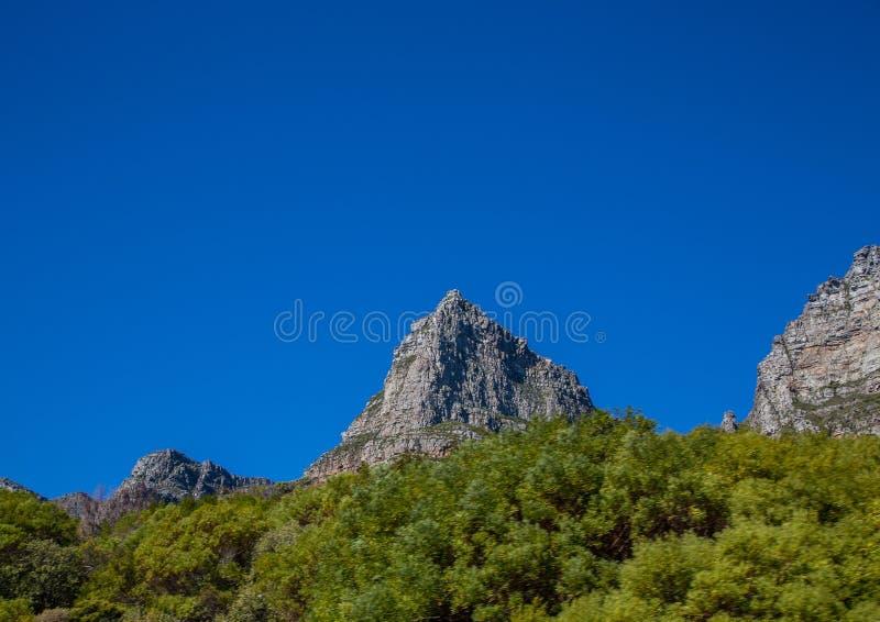开普敦风景有很少桌山的看法没有云彩的在南非 图库摄影
