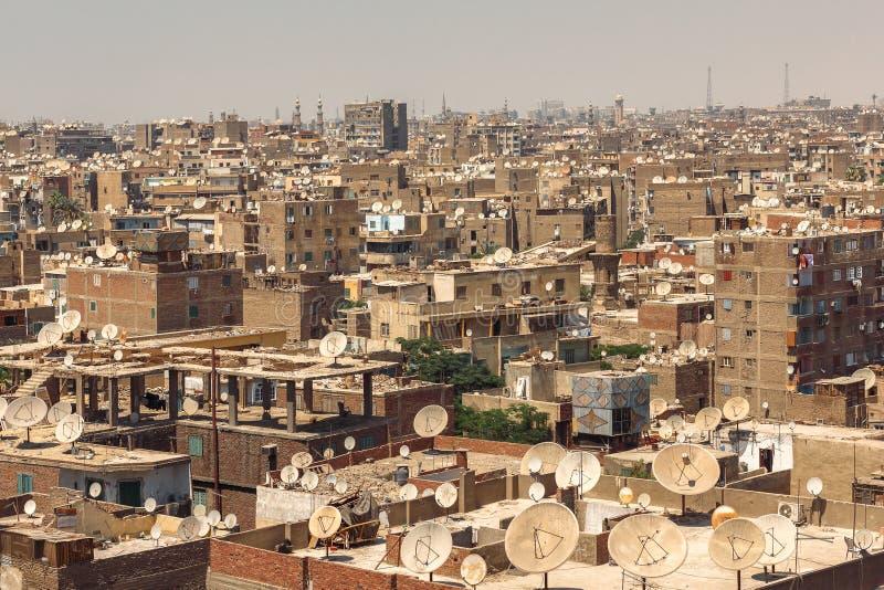 开罗从上面的贫民窟都市风景 免版税库存照片