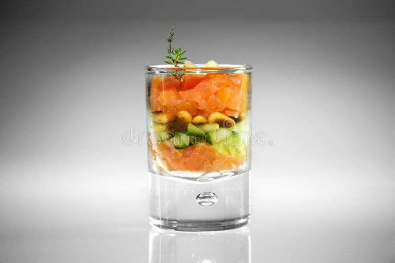 开胃菜玻璃三文鱼 免版税库存图片