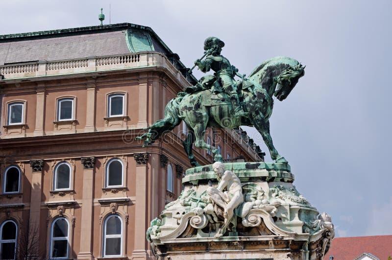 开胃菜,布达佩斯的Eugene王子雕象 免版税图库摄影