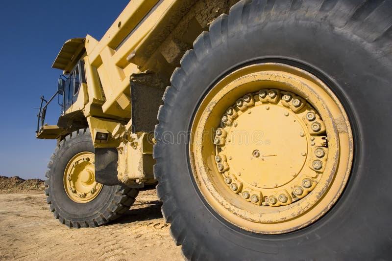 开采的卡车黄色 库存照片