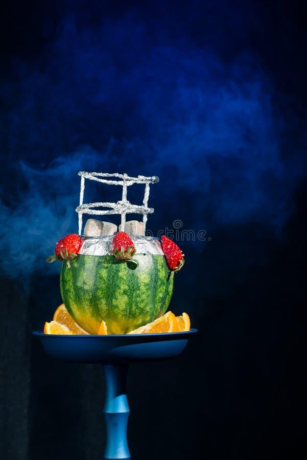 异乎寻常的水烟筒做用果子 图库摄影