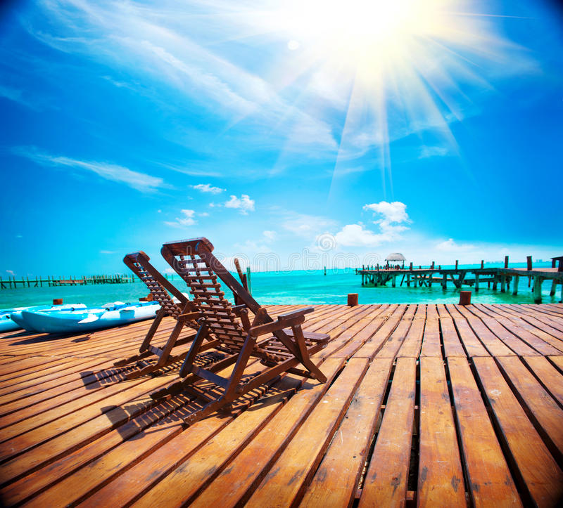 异乎寻常的加勒比天堂 热带的海滩胜地 免版税库存图片