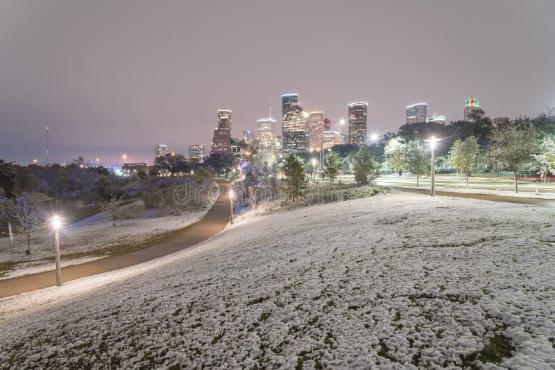 异常的在埃莉诺的雪在街市休斯敦和降雪停放 库存图片