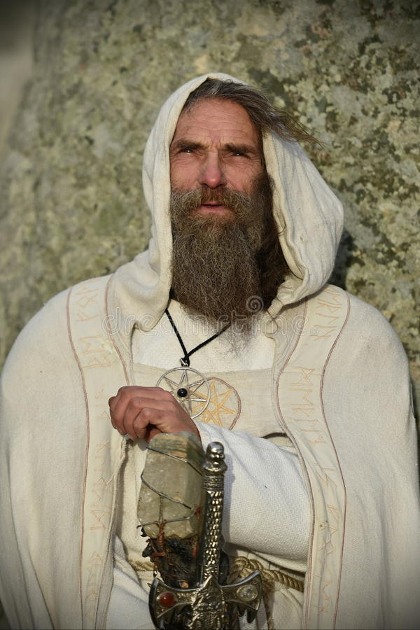 异教徒和督伊德教憎侣在巨石阵标记冬至 图库摄影