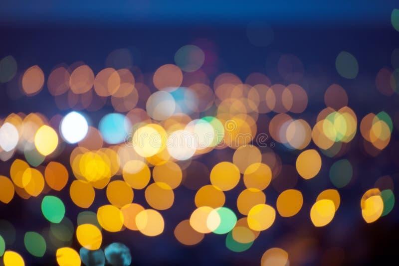 弄脏的光,夜城市 库存图片