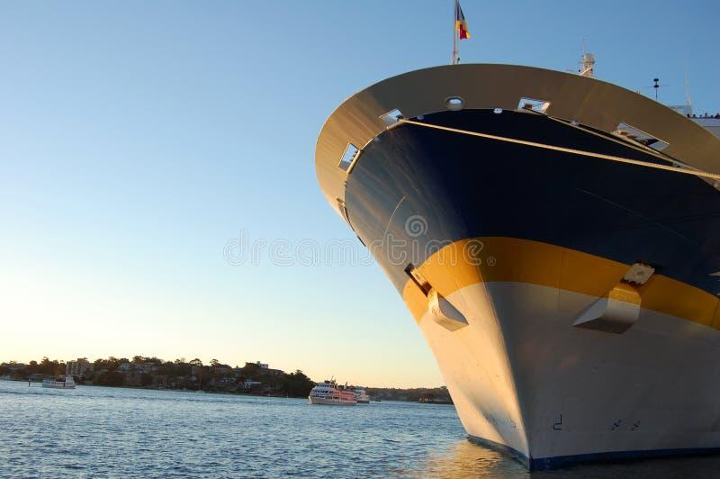 弓客船 库存图片