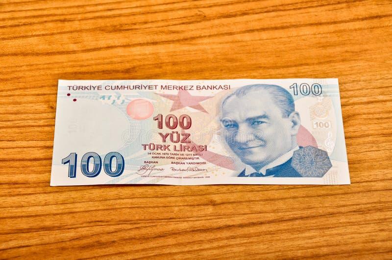 100张土耳其里拉钞票正面图 免版税图库摄影