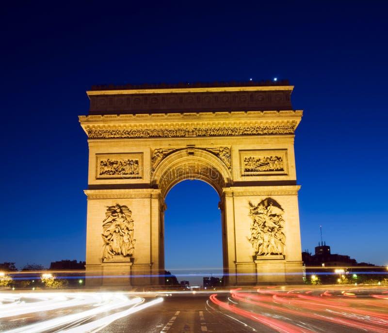 弧曲拱de法国巴黎triomphe胜利 库存图片