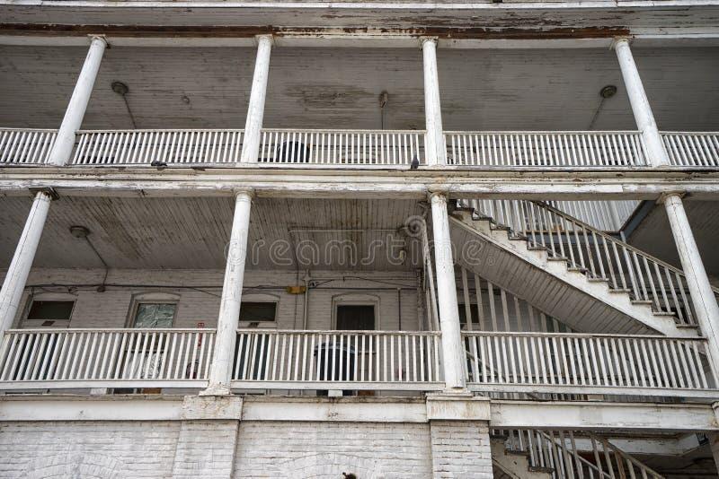 弯机旅馆的建筑细节在拉雷多得克萨斯 免版税库存图片