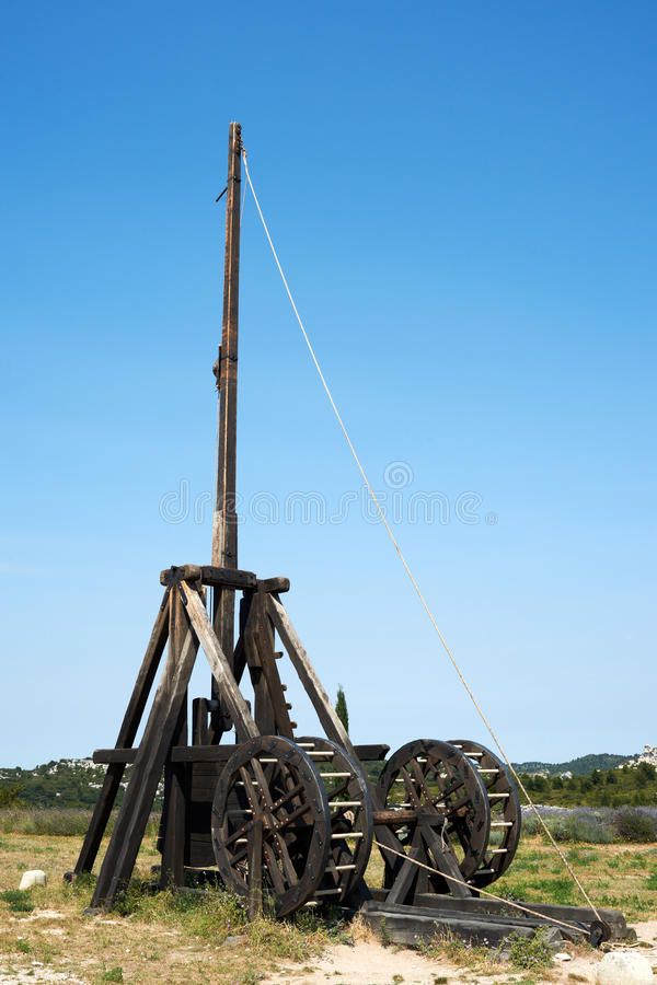 Download 弹射器 库存图片. 图片 包括有 战场, 法国, 弹射器, 堡垒, 设备, 普罗旺斯, 复制品 - 22351465