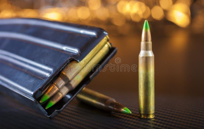 弹药和杂志AR-15的 库存图片