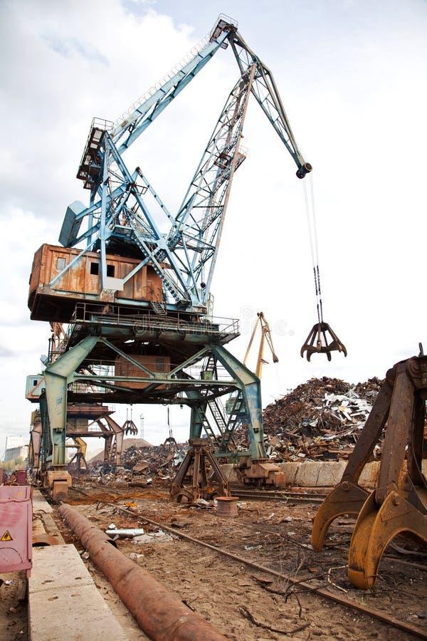 强夺者行业负荷金属废料 免版税库存图片