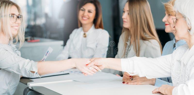 强有力的妇女企业面试补充 免版税库存照片