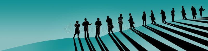 当他们跟随他们的女性领导,上司,CEO,营业范围人,男人和妇女,在山坡看 皇族释放例证