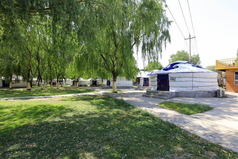 当代yurt,多孔黏土rgb 免版税库存图片