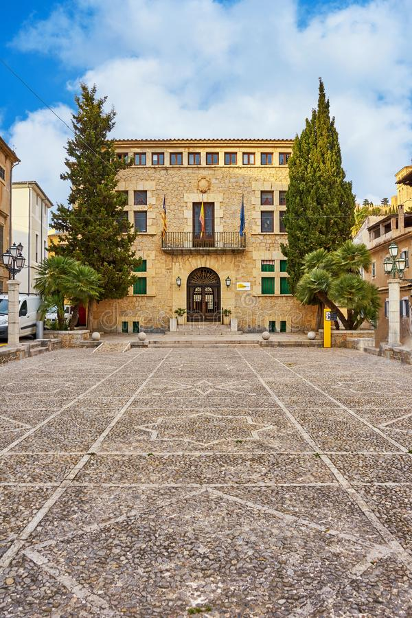 当地政府办公室在阿尔塔,马略卡,西班牙 库存照片