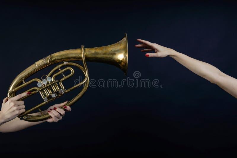 当您不可能听到音乐时,您能看它 库存照片