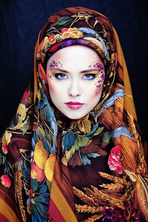 当代贵妇画象有创造性面孔的艺术的 库存照片