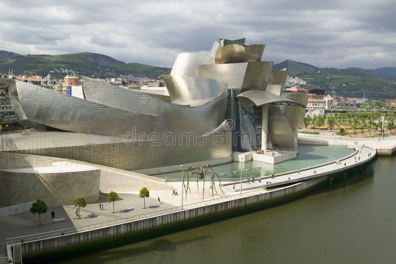 当代艺术古根海姆美术馆毕尔巴鄂(比尔博),西班牙的北海岸位于巴斯克人地区 起绰号的T 图库摄影