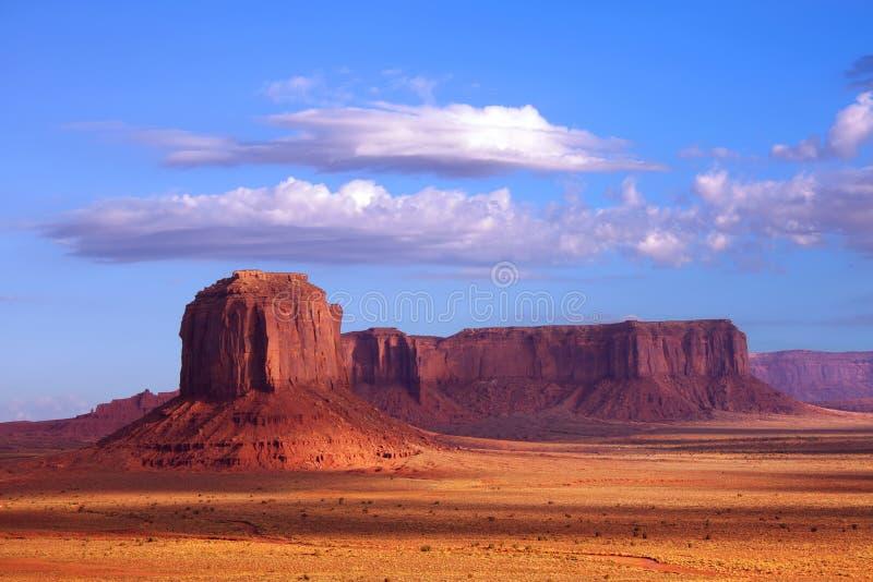 形成纪念碑岩石谷 免版税库存照片