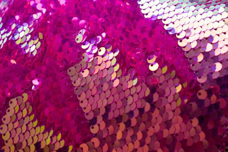 彩色亮片纹理 绚丽的节日色彩,绚丽的节日背景 对于网站、传单、情人节套餐 库存照片