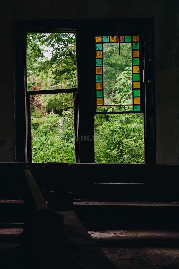 彩色玻璃-放弃了Cannel市联合教会-阿巴拉契亚山脉-肯塔基 库存照片