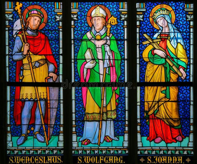 彩色玻璃-天主教圣徒 库存图片