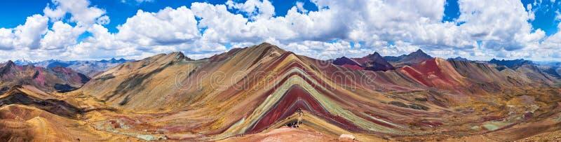 彩虹山,库斯科,秘鲁 5200 m在安地斯,山脉de los安地斯,库斯科地区在南美 蒙大拿de 免版税库存图片