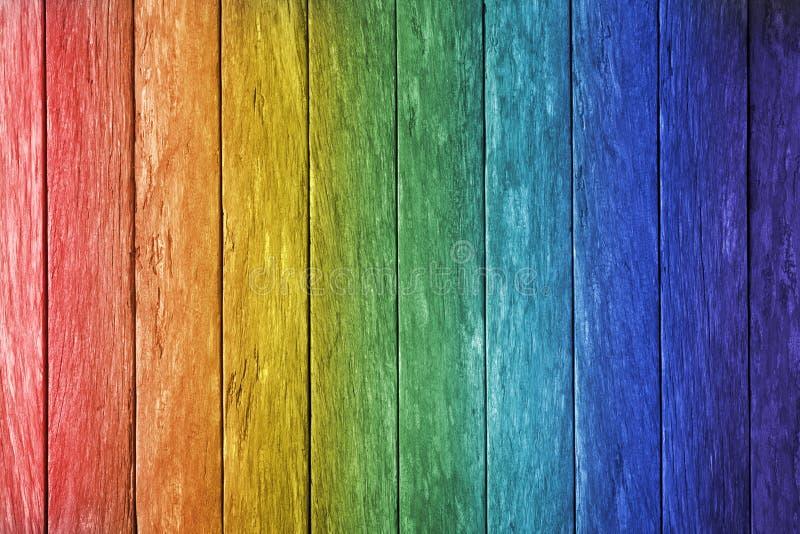 彩虹木头背景 库存照片