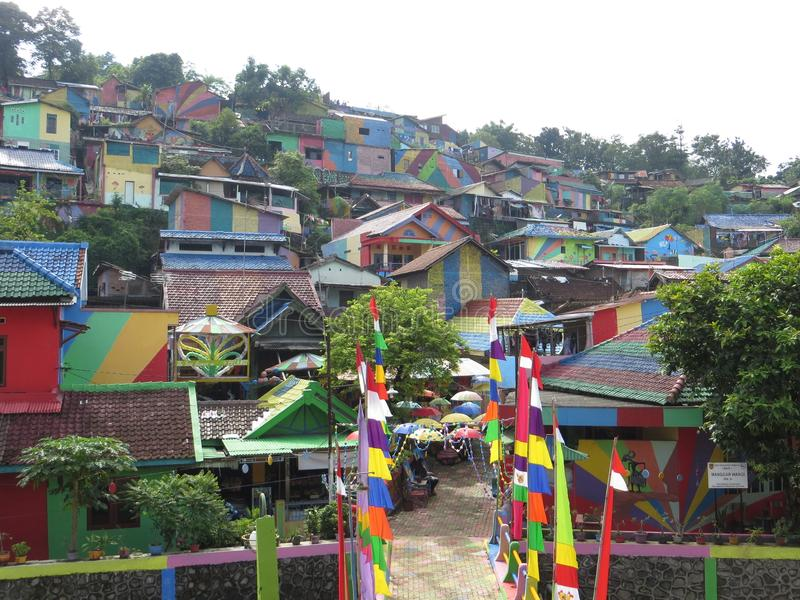 彩虹村庄在三宝垄 库存照片
