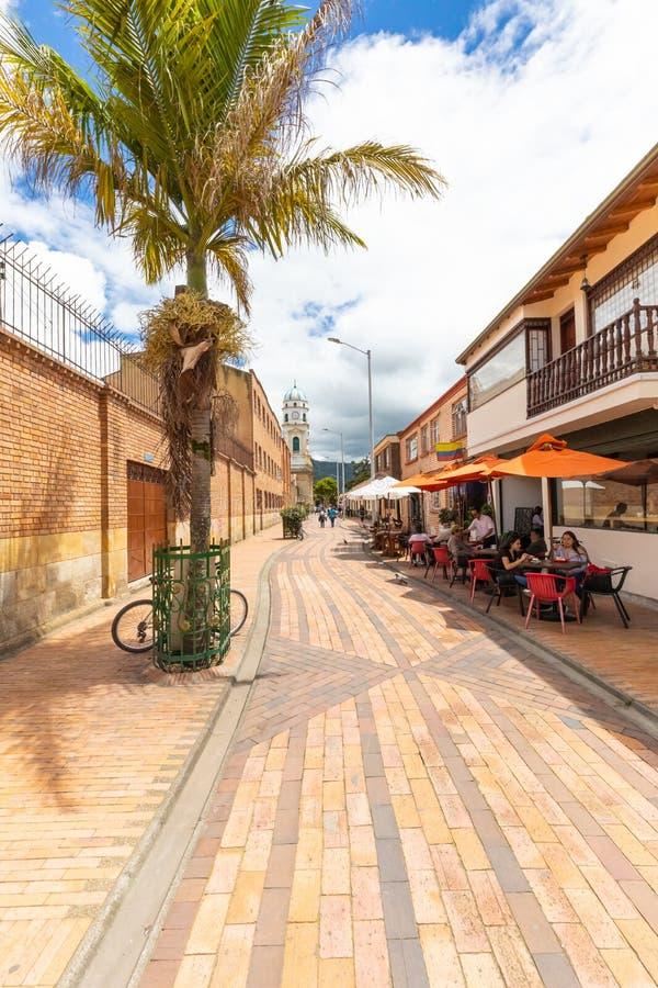 往大教堂的哥伦比亚Chia步行街道 库存图片