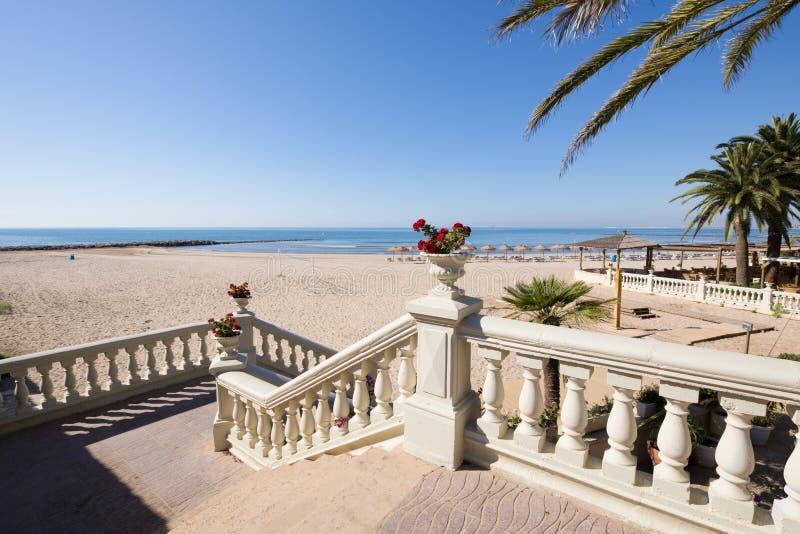 往Voramar海滩的经典台阶在Benicassim 库存图片
