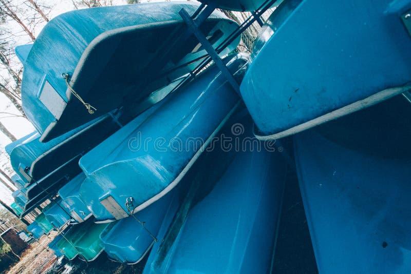 很多小船 免版税库存照片