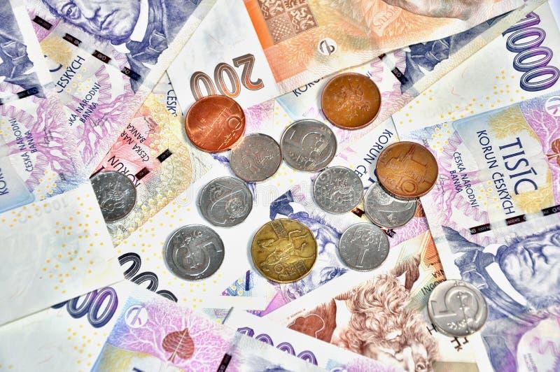 很多捷克加冠钞票 库存照片