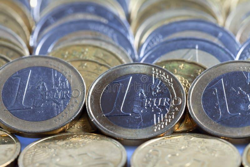 很多欧元硬币 库存照片