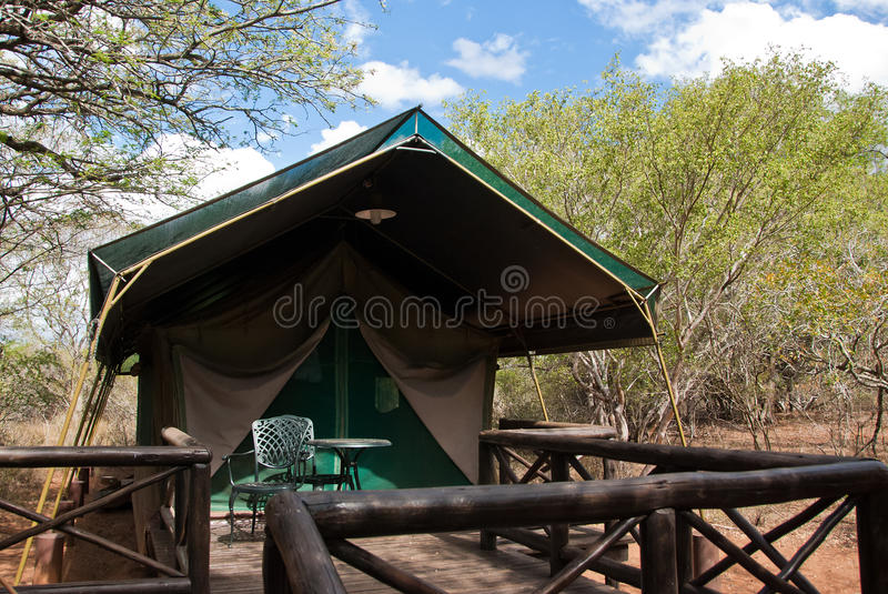 徒步旅行队帐篷 库存图片
