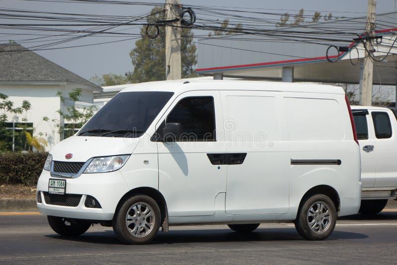 微型私有搬运车,依靠溜溜球搬运车 免版税图库摄影
