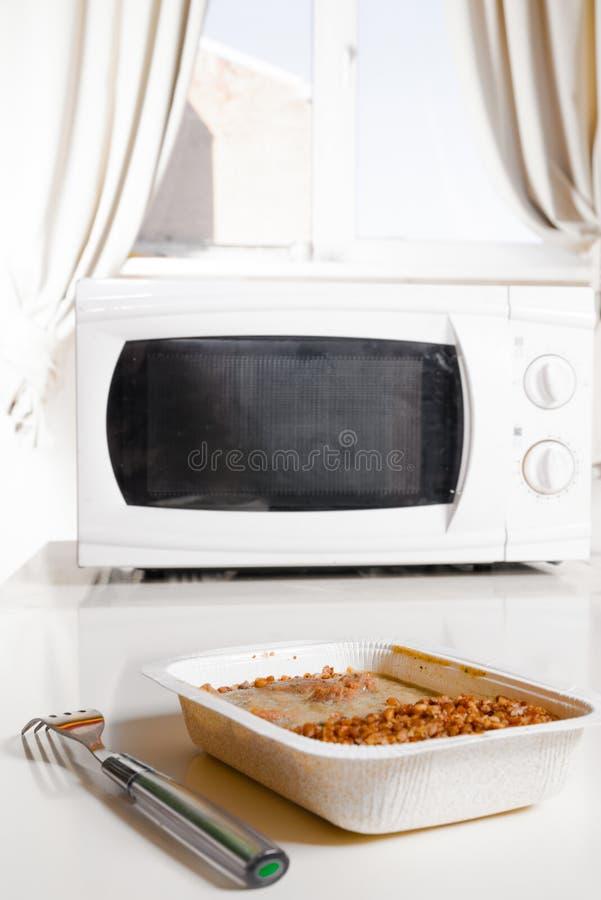 微波炉用冷冻食品 免版税库存图片