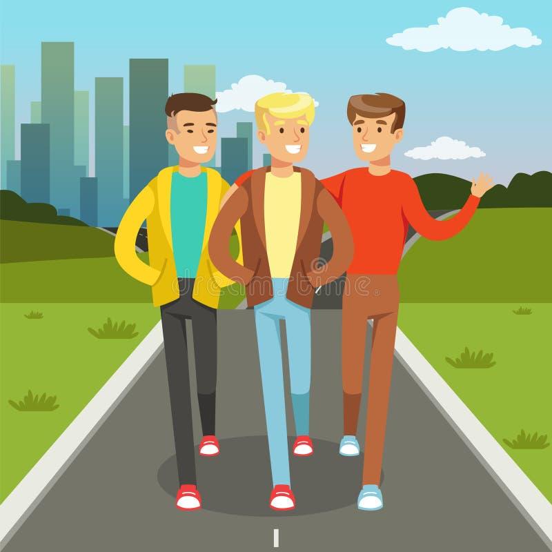 微笑三个男性的朋友谈话和,当走在城市街道,友谊概念传染媒介例证上时 皇族释放例证
