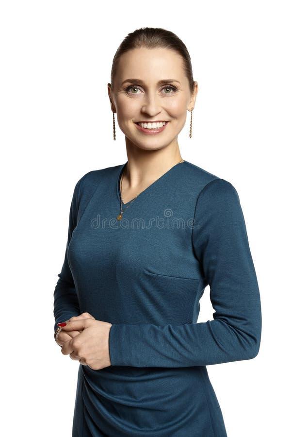 微笑对您的典雅的少妇 免版税库存图片
