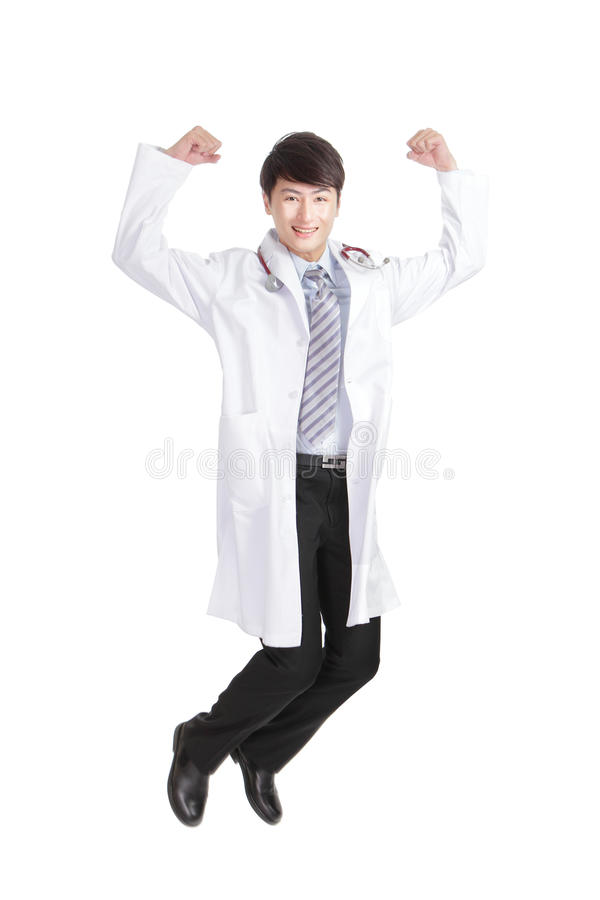 微笑愉快的男性的医生跳跃和 免版税库存图片